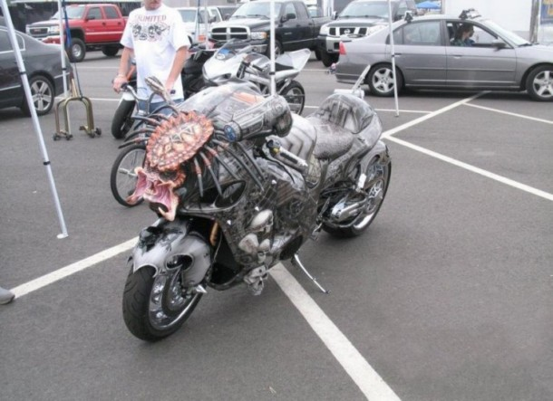 1260736626_predator-bike-08-