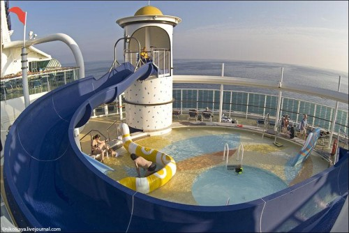 Photo-tour-of-the-Impressive-Cruise-Ship-Brilliance-of-the-Seas-002