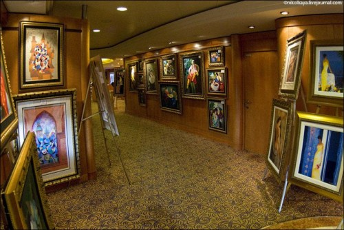 Photo-tour-of-the-Impressive-Cruise-Ship-Brilliance-of-the-Seas-015