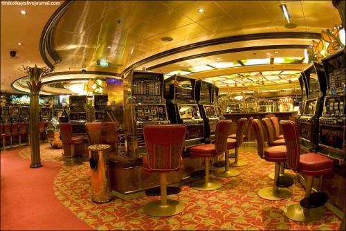 Photo-tour-of-the-Impressive-Cruise-Ship-Brilliance-of-the-Seas-020