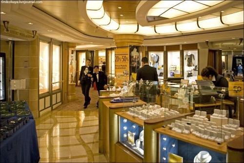Photo-tour-of-the-Impressive-Cruise-Ship-Brilliance-of-the-Seas-025