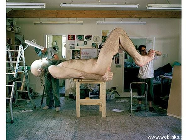 ron-mueck-artwork-sculpture-36