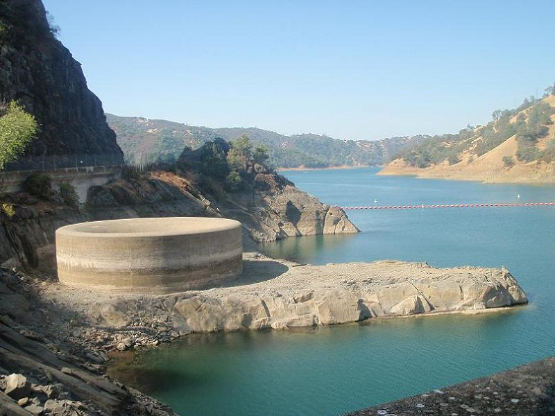 monticello-damn-giant-spillway