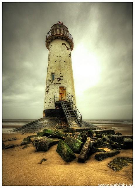 lighthouse_majak10