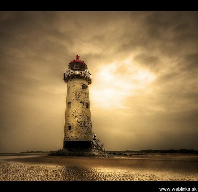 lighthouse_majak11