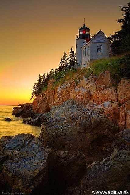 lighthouse_majak13