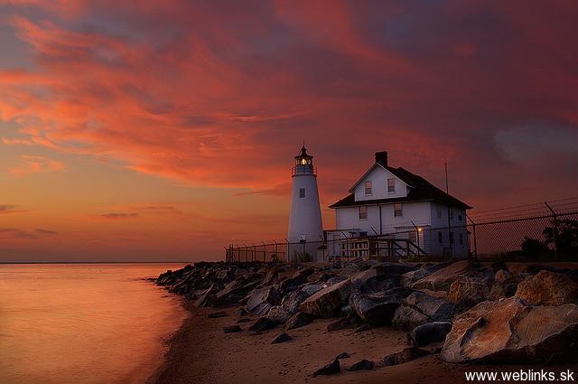 lighthouse_majak17