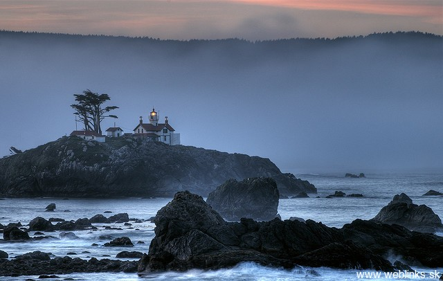 lighthouse_majak20