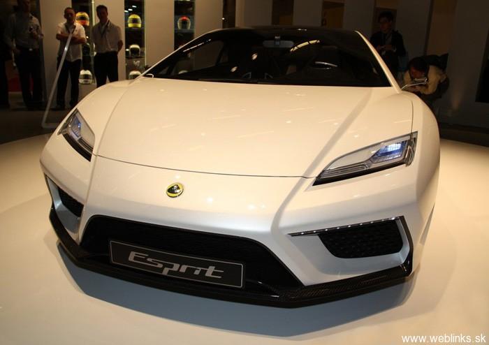 New_Lotus_Esprit_Front_2013_Thum