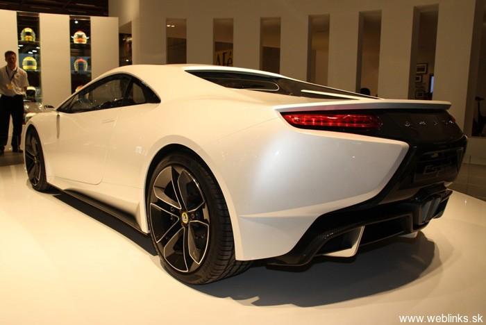 New_Lotus_Esprit_Paris_Motorshow_Thum