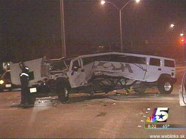 1836-Hummer crash