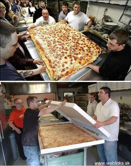 amazing_odd_interesting_funny_super_pizza_200907231801561833