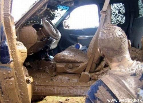muddy-truck