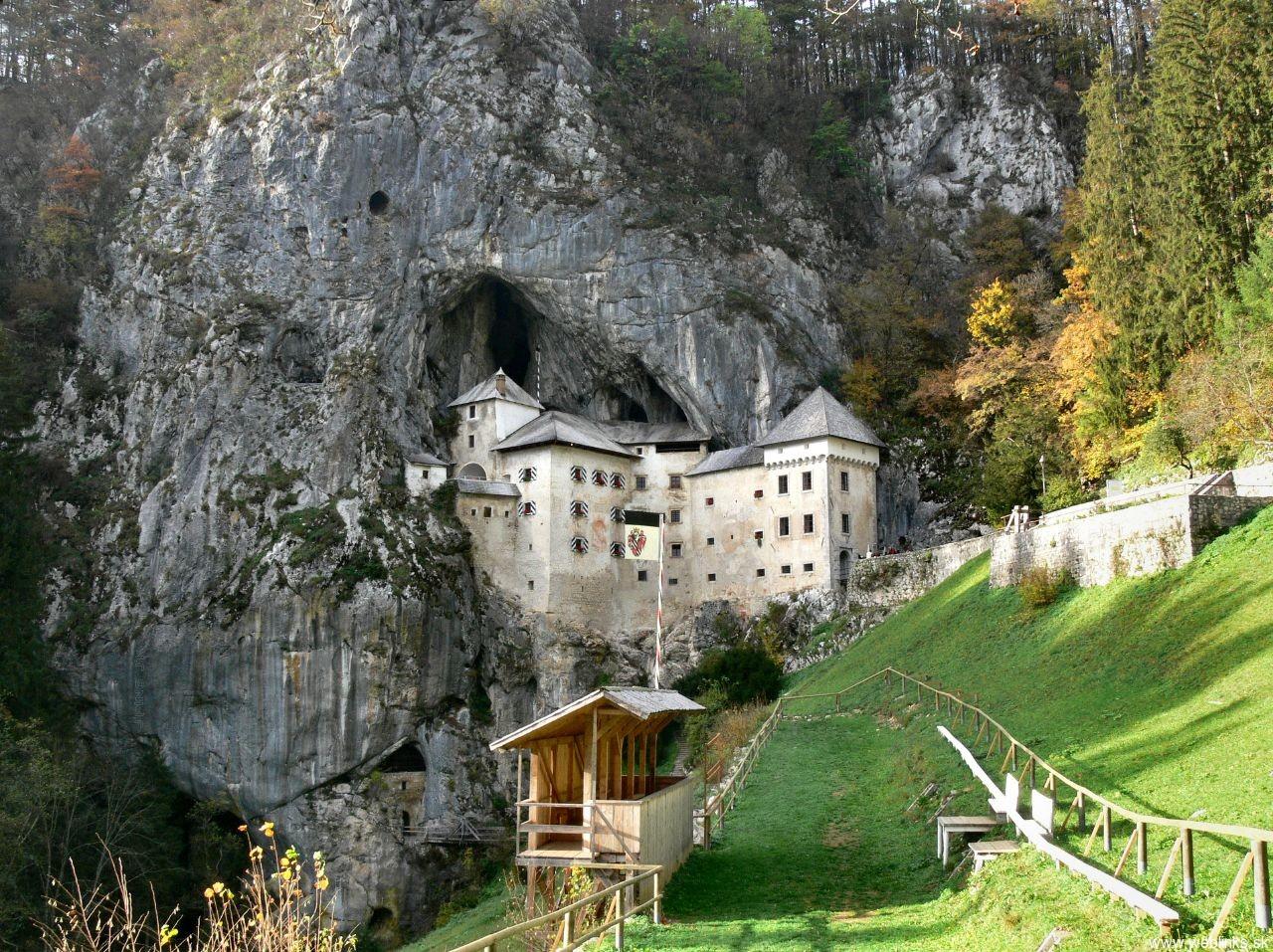 weblinks_sk predjamski hrad2