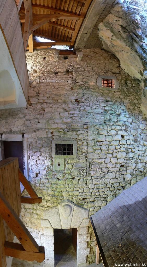 weblinks_sk predjamski hrad4
