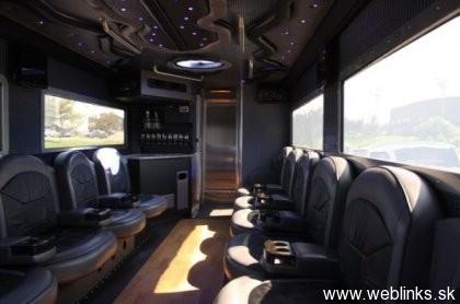 1288763888_vault-xxl-armored-limousine_8swdo_54