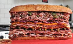 Najmäsitejší sendvič na svete!