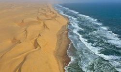 Keď sa oceán stretáva s púšťou