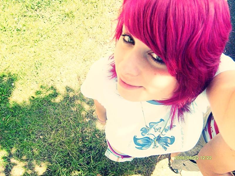 Pink__me_by_xX_SooPerStar_Xx